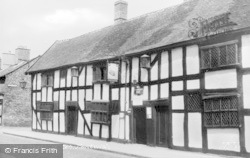 Nantwich, The Cheshire Cat c.1965