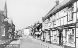 Nantwich, Welsh Row c.1960
