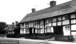 Nantwich, Welsh Row, Old Cottages c.1960