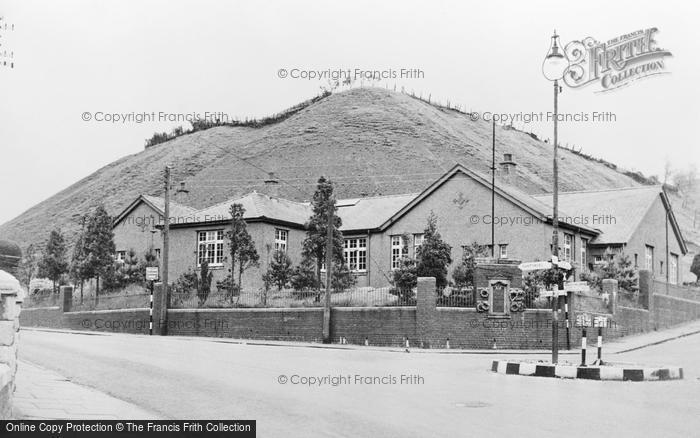 Photo of Nantymoel, The Memorial Hall c.1955