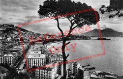 General View c.1920, Naples