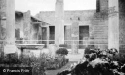 Herculaneum c.1920, Naples