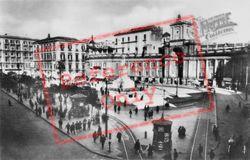 Piazza Dante c.1920, Naples