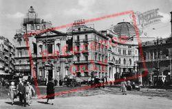 Piazza Trieste E Trento c.1920, Naples