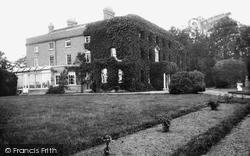 Nash Court 1898, Nash