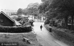 Neath, Gnoll Park c.1960