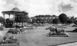Neath, Victoria Gardens c.1960