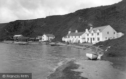 Nefyn, Beach Cottages 1940
