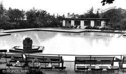 Nelson, The Swimming Pool 1950