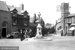 The Cross c.1950, Neston