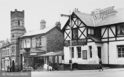The White Horse c.1960, Neston