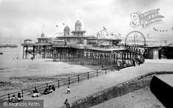 New Brighton, Pier 1900