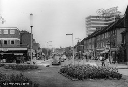 Roundabout And High Street c.1965, New Malden