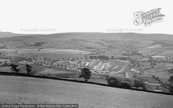New Mills, view from Eaves Knoll c1955
