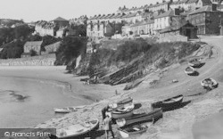 New Quay, Rocks And Sand c.1933