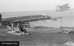 New Quay, The Pier c.1933