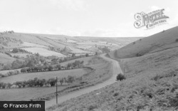 New Radnor, The Road To Pen-Y-Bont 1950