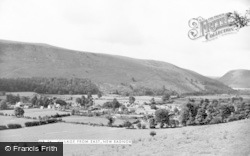 New Radnor, Village From East c.1955