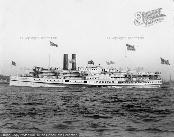 Photo of New York, Steamer From Fall River c.1900