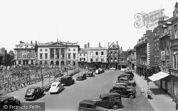Newark-on-Trent, Market Square c.1955