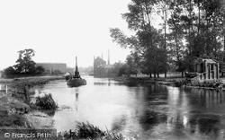 Newark-on-Trent, On The Trent 1906