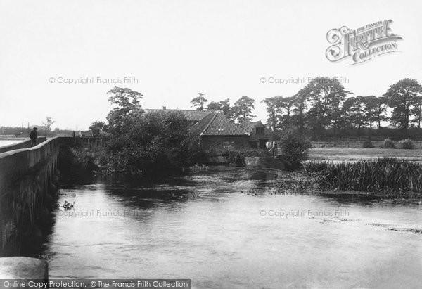 Newark-on-Trent,the Old Mill 1906,Nottinghamshire