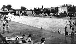 Newark-on-Trent, The Swimming Pool c.1955