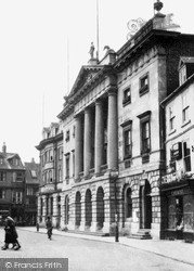 Newark-on-Trent, The Town Hall, Market Place c.1955