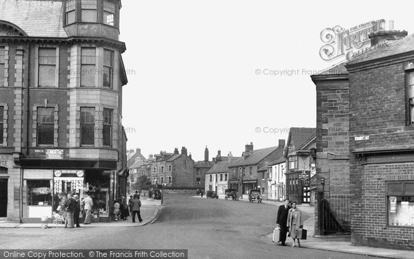 Photo of Newbiggin-By-The-Sea, Front Street c1955, ref. N76004