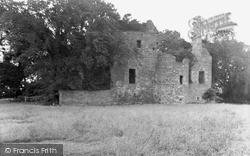 Balmbreich Castle 1953, Newburgh
