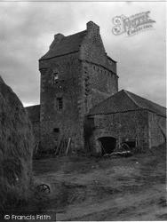 Collairnie Castle 1953, Newburgh