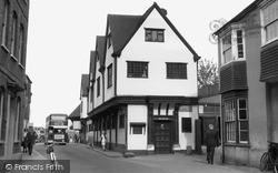 Newbury, Jacobean Cloth Museum c.1955