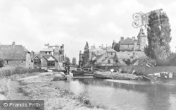 Newbury, Lock On The River Kennet c.1930