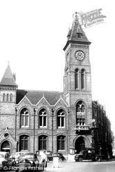 Newbury, The Town Hall c.1955