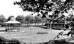 Newbury, Victoria Park c.1955