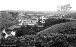 Newcastle Emlyn, 1932