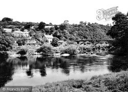 Newcastle Emlyn, Cenarth Bridge c.1935