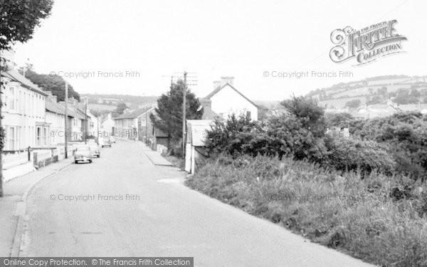 Photo of Newcastle Emlyn, Lloyds Terrace c.1960