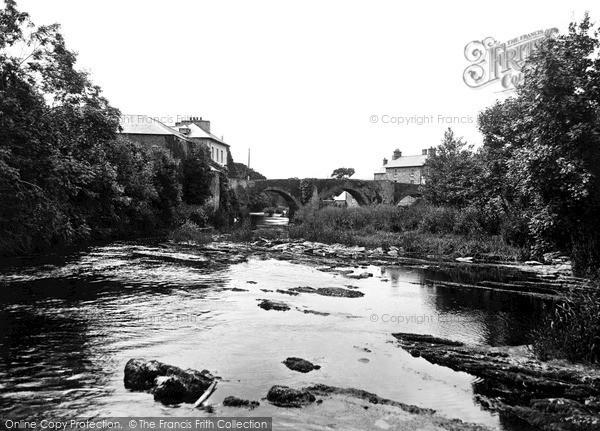 Newcastle Emlyn, River Tivy 1932