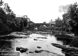 Newcastle Emlyn, River Teifi 1932