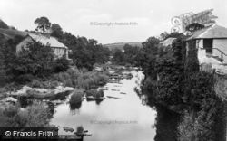 River Teifi c.1932, Newcastle Emlyn