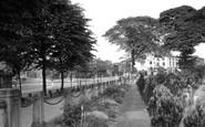 Newcastle, Queen's Gardens c1950