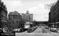 Newcastle Upon Tyne, Black Gate And Castle c.1955