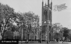Newcastle Upon Tyne, Church Of St Thomas c.1955