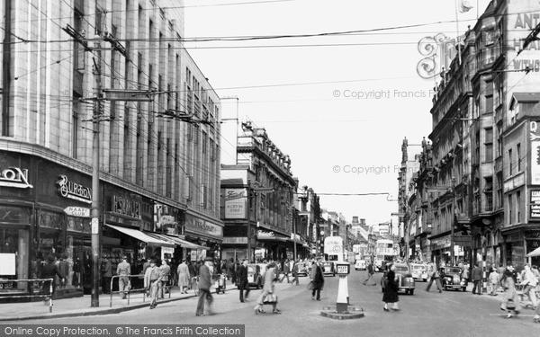 Photo of Newcastle Upon Tyne, Northumberland Street c1955, ref. N16012
