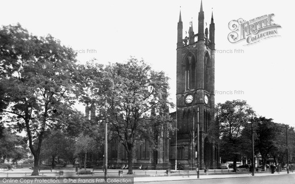 Photo of Newcastle Upon Tyne, the Church of St Thomas c1955, ref. N16514