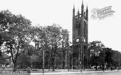 Newcastle Upon Tyne, The Church Of St Thomas c.1955