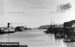 Harbour And Docks Station c.1950, Newhaven