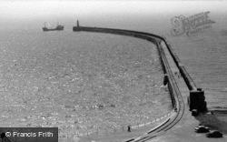 The Breakwater c.1960, Newhaven