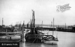Newhaven, The Docks c.1950
